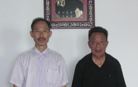 甦證鏵(左)與陳相師傅(右)合影